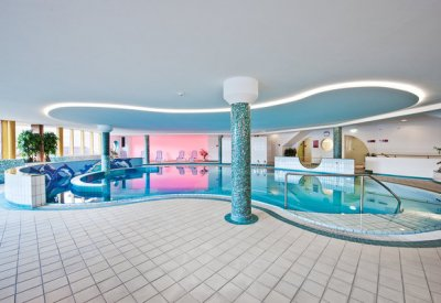 Wellness holidays with swimming pool in Obertauern
