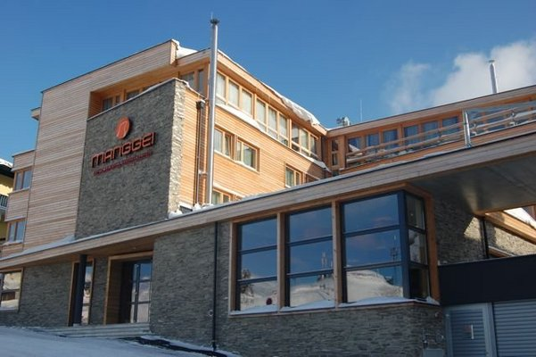 Hotel manggei designhotel obertauern hotel obertauern for Design hotel skifahren